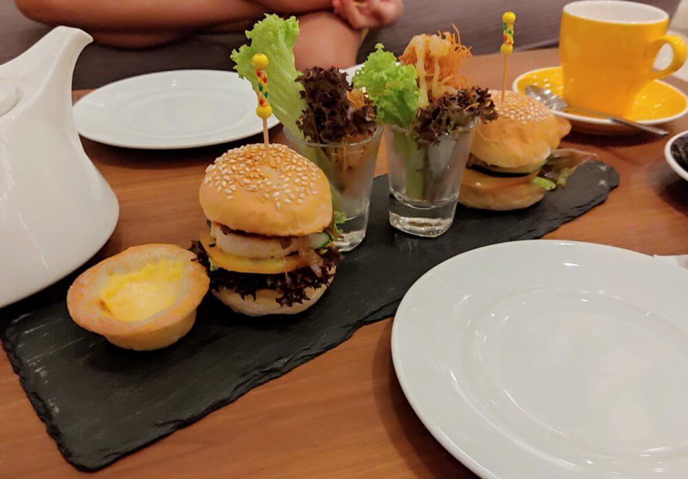 ミニハンバーガー、エッグタルト